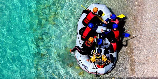 Active family holidays rafting